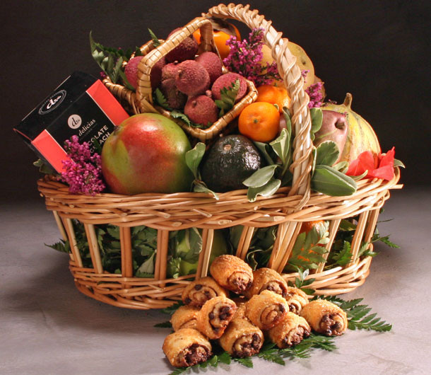 Gramercy Kosher Fruit Basket