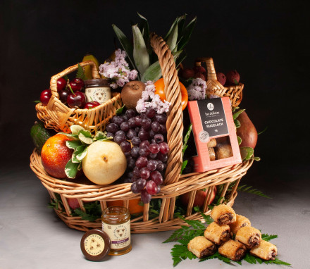 Lexington Kosher Fruit Basket