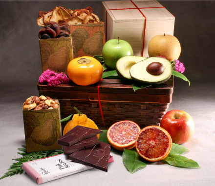 Organic Morgan Fresh and Dried Fruit Gift