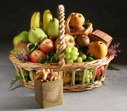 Organic Gramercy Fruit Basket