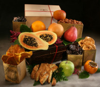 Organic Tompkins Hamper with One Treat