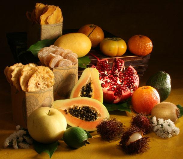 Tropical Fruit Hamper Large