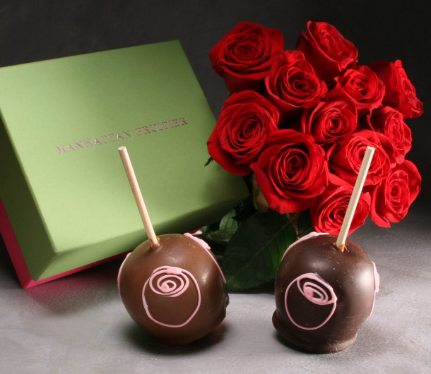 One Dozen Roses with Two Rose trellis Caramel Apples $110
